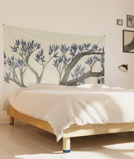 tenture-M-lit-160-blanc-arbre-bleu-axelle-grosperrin
