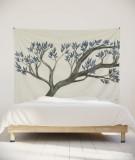 tenture-murale-L-lit-180-blanc-arbre-bleu-axelle-grosperrin