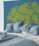 tapisserie-M-lit-160-bleu-fonce-jennifer-yerkes-fleurs-d-inde