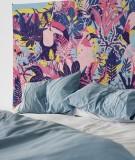 tapisserie-M-lit-160-rose-violet-bleu-morgane-bezou-faune