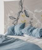 tapisserie-M-lit-160-gris-clair-coco-hellein-prunus